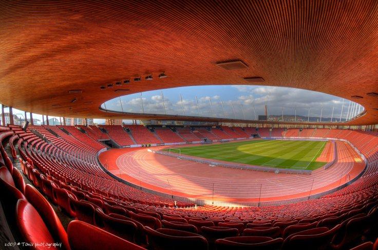 Foto panoramica del Letzigrund Stadium de Zurich